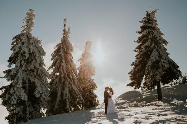Nicu & Catalina - Love the dress {Varful Postavaru}