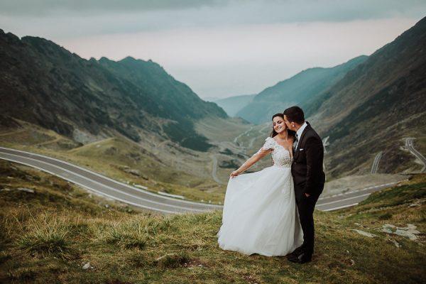 Alexandra & Dan - Brasov Wedding {Kronwell}
